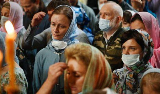 В Украине снято ограничение на количество участников богослужений